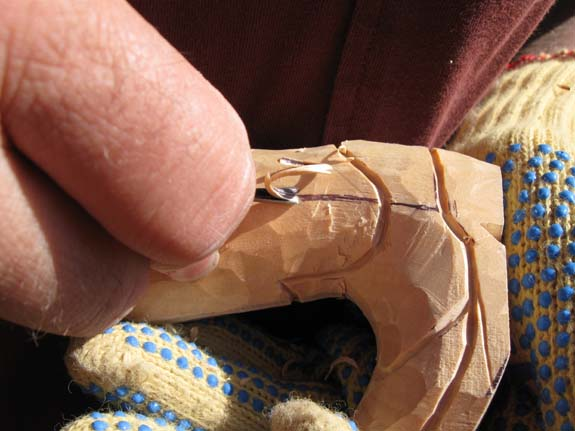 How to carve a cowboy boot - Using the V-Tool