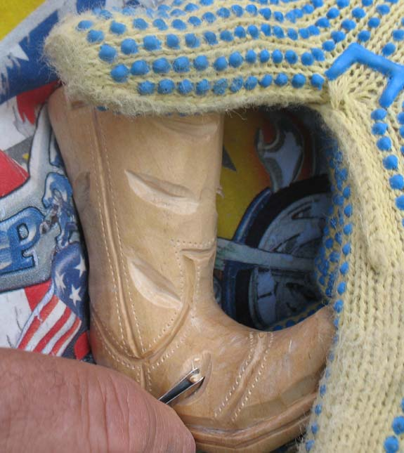 How to carve a cowboy boot - Wrinkles In the Leather